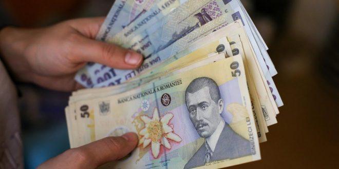Topul salariilor în 2020. În ce domeniu s-a câștigă cel mai bine în România. Cine se află la coada clasamentului